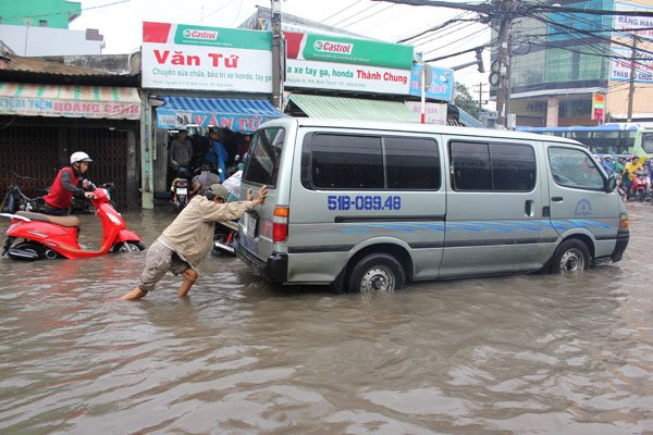 HCM City still prone to inundation as many flood control projects undone, social news, vietnamnet bridge, english news, Vietnam news, news Vietnam, vietnamnet news, Vietnam net news, Vietnam latest news, vn news, Vietnam breaking news