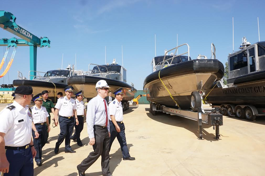 US transfers six coastal patrol boats to Vietnam, social news, vietnamnet bridge, english news, Vietnam news, news Vietnam, vietnamnet news, Vietnam net news, Vietnam latest news, vn news, Vietnam breaking news