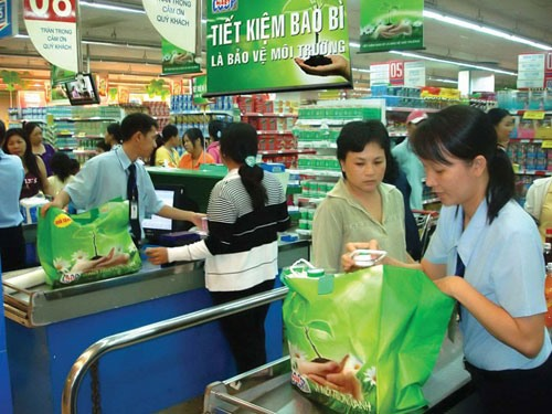 HCM City pushes for use of eco-friendly bags, Vietnam environment, climate change in Vietnam, Vietnam weather, Vietnam climate, pollution in Vietnam, environmental news, sci-tech news, vietnamnet bridge, english news, Vietnam news, news Vietnam, vietnamne