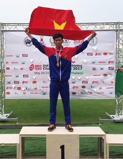 Vietnam's Ngoc Long jumps for gold at Asian Youth Athletics