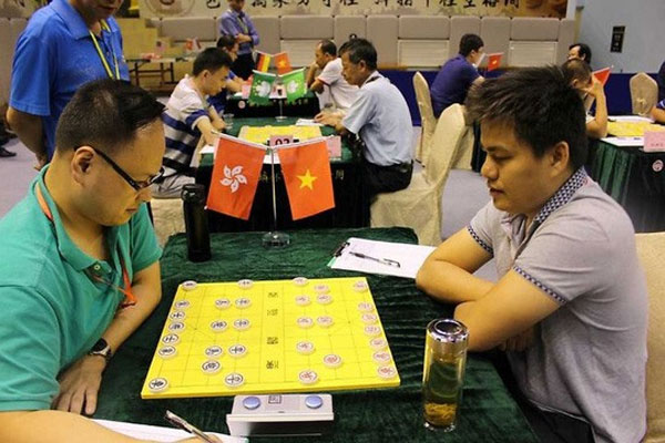 Chinese chess masters compete in national champs