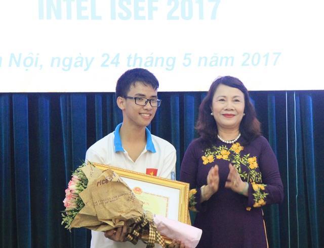 Vietnam ranks 3rd at Intel Isef 2017