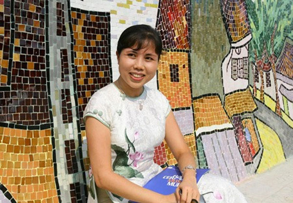 Vietnamese public art, Artist Nguyen Thu Thuy, 'Ceramic Road' project, international recognition, Vietnam economy, Vietnamnet bridge, English news about Vietnam, Vietnam news, news about Vietnam, English news, Vietnamnet news, latest news on Vietnam, Viet