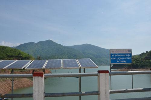 vietnam economy, business news, vn news, vietnamnet bridge, english news, Vietnam news, news Vietnam, vietnamnet news, vn news, Vietnam net news, Vietnam latest news, Vietnam breaking news, solar energy, solar panel, EVN
