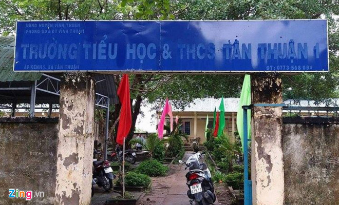 No headmasters no year-end certificates of merit, Vietnam education, Vietnam higher education, Vietnam vocational training, Vietnam students, Vietnam children, Vietnam education reform, vietnamnet bridge, english news, Vietnam news, news Vietnam, vietnamn