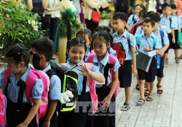 HCM City education department, school fees, keep unchanged, Vietnam economy, Vietnamnet bridge, English news about Vietnam, Vietnam news, news about Vietnam, English news, Vietnamnet news, latest news on Vietnam, Vietnam