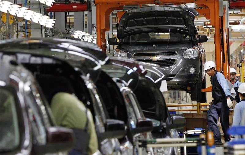 vietnam economy, business news, vn news, vietnamnet bridge, english news, Vietnam news, news Vietnam, vietnamnet news, vn news, Vietnam net news, Vietnam latest news, Vietnam breaking news, car price, tariff cut, CBU import