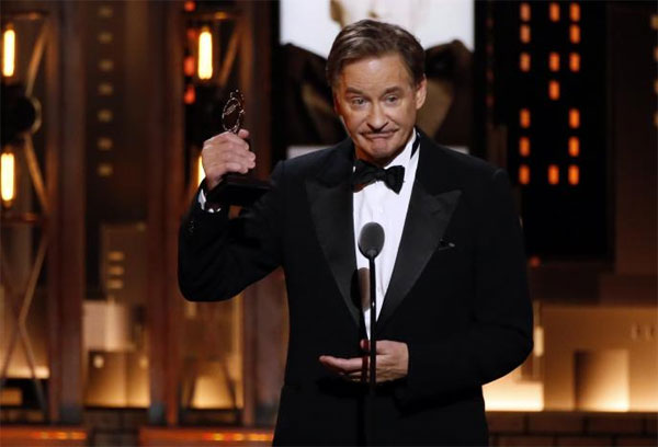 Kevin Kline, Cynthia Nixon win early Tony Awards honoring Broadway's best
