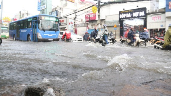 vietnam economy, business news, vn news, vietnamnet bridge, english news, Vietnam news, news Vietnam, vietnamnet news, vn news, Vietnam net news, Vietnam latest news, Vietnam breaking news, HCMC, flood, drainage system