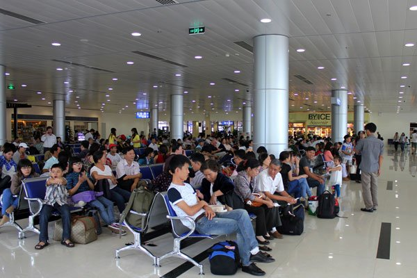 Airport overload puts airlines in trouble, vietnam economy, business news, vn news, vietnamnet bridge, english news, Vietnam news, news Vietnam, vietnamnet news, vn news, Vietnam net news, Vietnam latest news, Vietnam breaking news