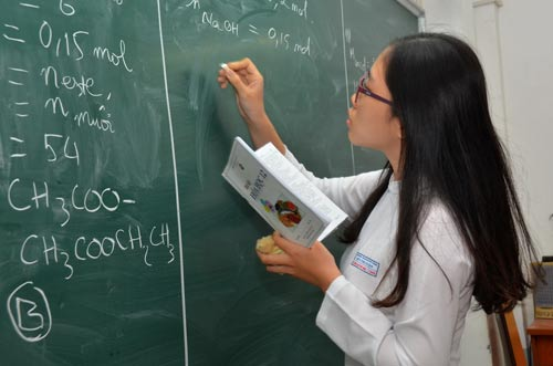 Large gap between school and exam scores found