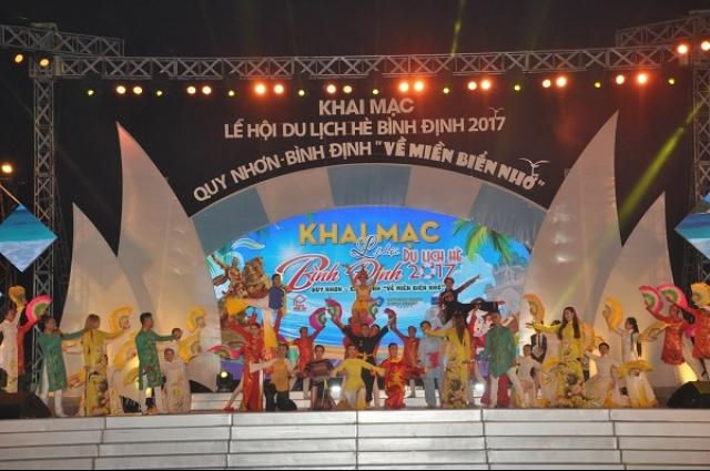 Summer Sea Festival 2017 opens in Binh Dinh