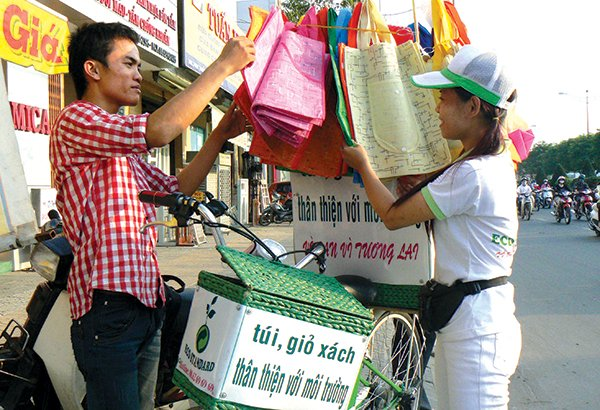vietnam economy, business news, vn news, vietnamnet bridge, english news, Vietnam news, news Vietnam, vietnamnet news, vn news, Vietnam net news, Vietnam latest news, Vietnam breaking news, plastic bags, VPA, environment protection tax