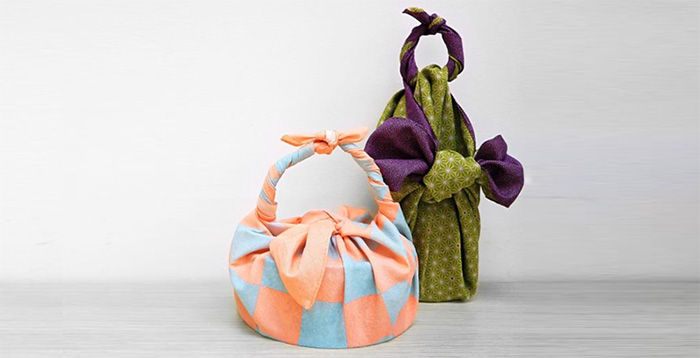 Learn about Furoshiki - Japanese wrapping technique in Hanoi