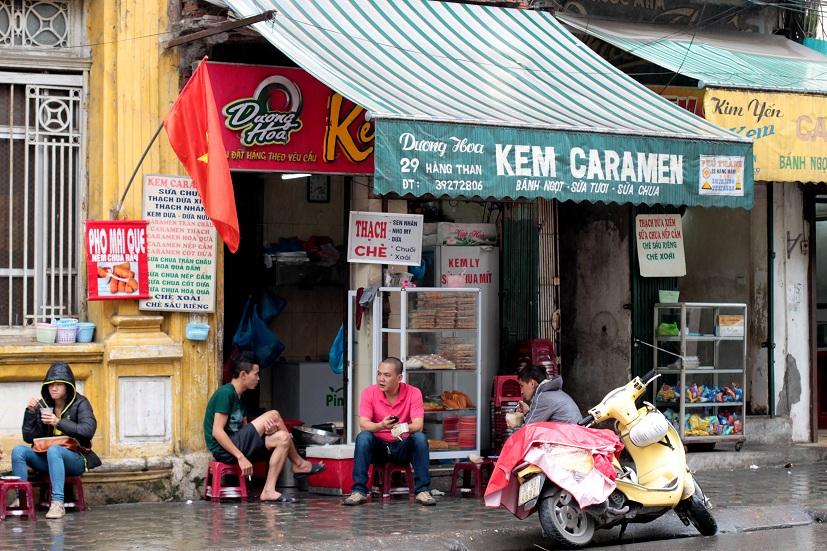 Five food streets in Hanoi, hang chieu, ly van phuc, to tich, hang than, hanoi food, street food in hanoi, hanoi travel, travel news, Vietnam guide, Vietnam airlines, Vietnam tour, tour Vietnam, Hanoi, ho chi minh city, Saigon, travelling to Vietnam, Viet