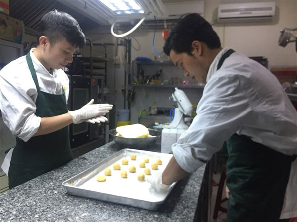 Cricket farm, taste of European cookies, eating insects, Vietnam economy, Vietnamnet bridge, English news about Vietnam, Vietnam news, news about Vietnam, English news, Vietnamnet news, latest news on Vietnam, Vietnam