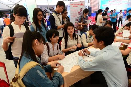 vietnam economy, business news, vn news, vietnamnet bridge, english news, Vietnam news, news Vietnam, vietnamnet news, vn news, Vietnam net news, Vietnam latest news, Vietnam breaking news,  uni grad, unemployment rate, MOLISA