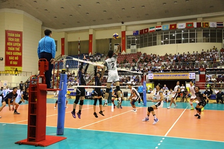 Iranian team to represent Asia in world club volleyball championship after victory in VN