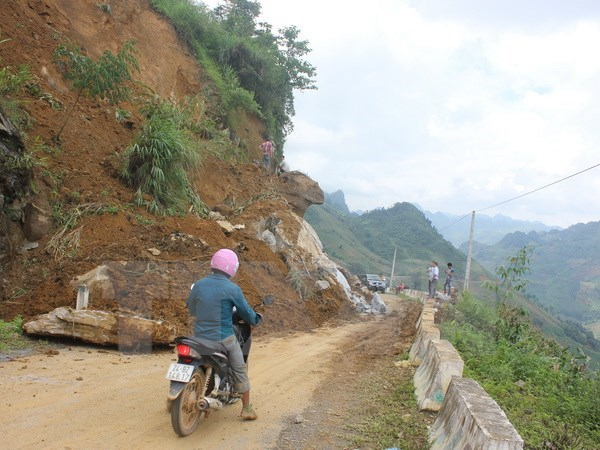 Torrential rains, landslides hit northern VN, killing 12, social news, vietnamnet bridge, english news, Vietnam news, news Vietnam, vietnamnet news, Vietnam net news, Vietnam latest news, vn news, Vietnam breaking news
