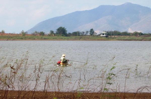 Da Den Reservoir, waste water treatment plant, severely polluted, Vietnam economy, Vietnamnet bridge, English news about Vietnam, Vietnam news, news about Vietnam, English news, Vietnamnet news, latest news on Vietnam, Vietnam