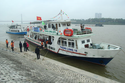 Hanoi Red River tour fails to attract tourists, travel news, Vietnam guide, Vietnam airlines, Vietnam tour, tour Vietnam, Hanoi, ho chi minh city, Saigon, travelling to Vietnam, Vietnam travelling, Vietnam travel, vn news