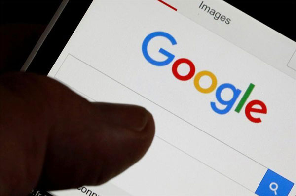 Google redesigns mobile search app with personalized 'feed'