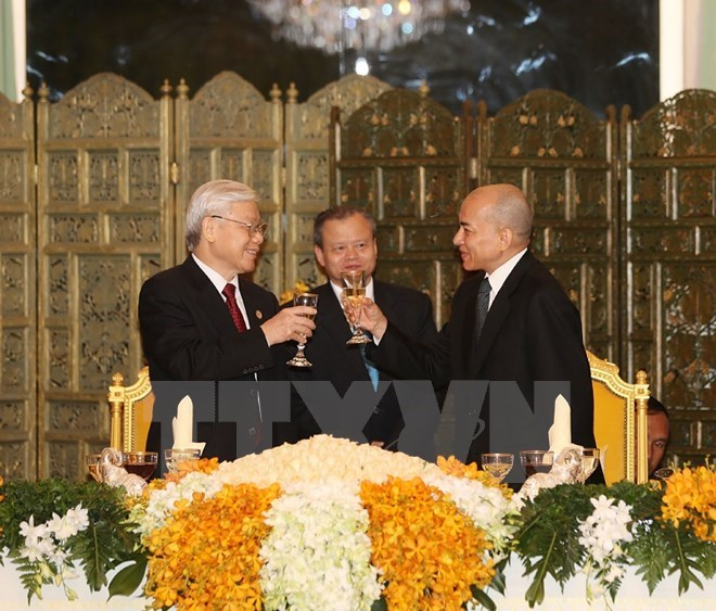 Vietnam, Cambodia treasure close-knit relations