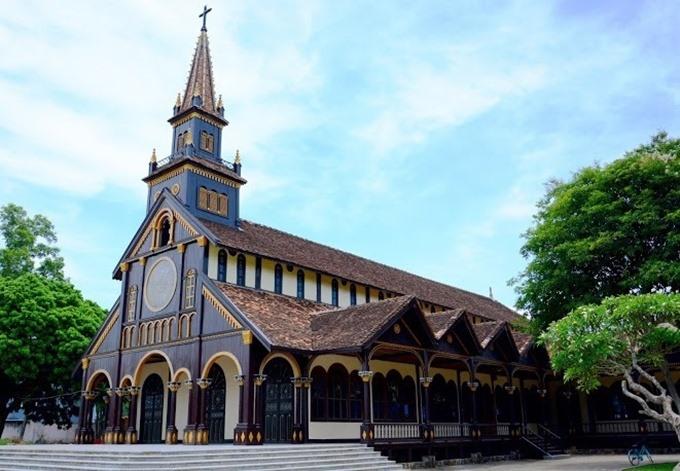 10 colonial-era churches to visit across Vietnam