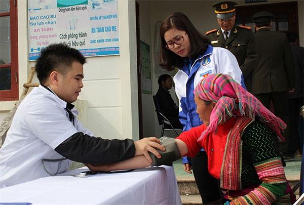 New medical graduates, outlying regions, improve healthcare services, Vietnam economy, Vietnamnet bridge, English news about Vietnam, Vietnam news, news about Vietnam, English news, Vietnamnet news, latest news on Vietnam, Vietnam