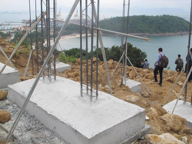 Danang Tourism Association proposes to demolish 40 illegal villa foundations