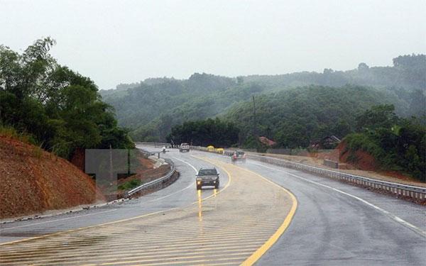 Transport infrastructure development in northwest not meet demand: officials