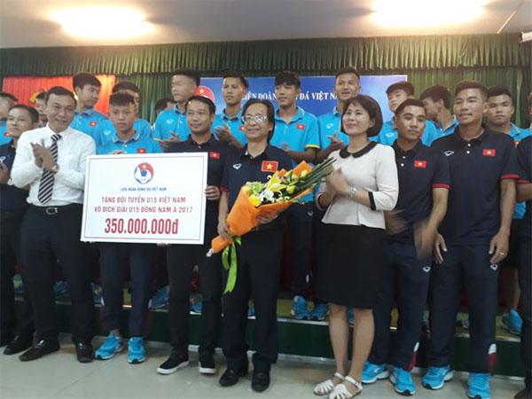 VFF, U15 players, bonus, Vietnam economy, Vietnamnet bridge, English news about Vietnam, Vietnam news, news about Vietnam, English news, Vietnamnet news, latest news on Vietnam, Vietnam