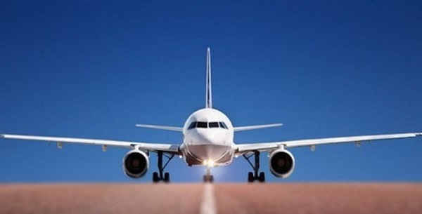 Govt urges caution in issuing new aviation licenses