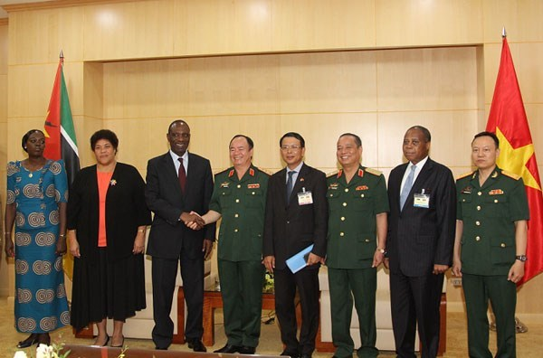 Mozambican PM visits committee on incidents, disaster response, Government news, Vietnam breaking news, politic news, vietnamnet bridge, english news, Vietnam news, news Vietnam, vietnamnet news, Vietnam net news, Vietnam latest news, vn news