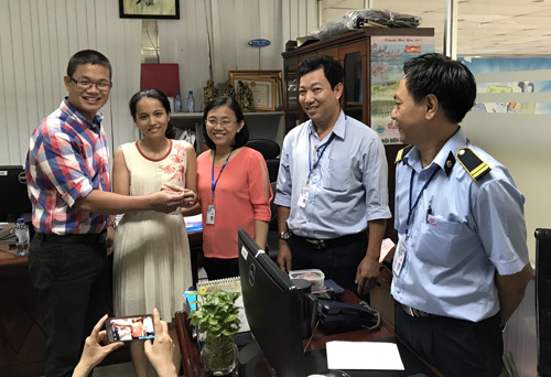 Supermarket staff picks up $7,500 diamond, returns it to owner , social news, vietnamnet bridge, english news, Vietnam news, news Vietnam, vietnamnet news, Vietnam net news, Vietnam latest news, vn news, Vietnam breaking news