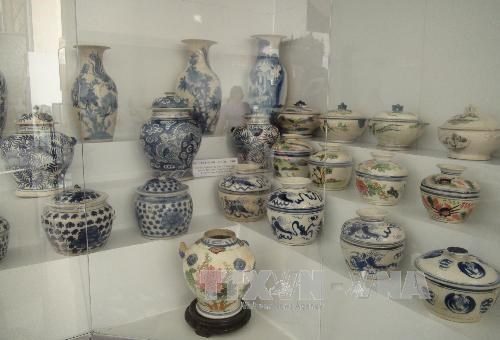Southern region's pottery products on display, entertainment events, entertainment news, entertainment activities, what's on, Vietnam culture, Vietnam tradition, vn news, Vietnam beauty, news Vietnam, Vietnam news, Vietnam net news, vietnamnet news, vietn