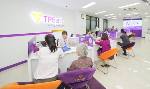 VN banks hired more in H1, vietnam economy, business news, vn news, vietnamnet bridge, english news, Vietnam news, news Vietnam, vietnamnet news, vn news, Vietnam net news, Vietnam latest news, Vietnam breaking news