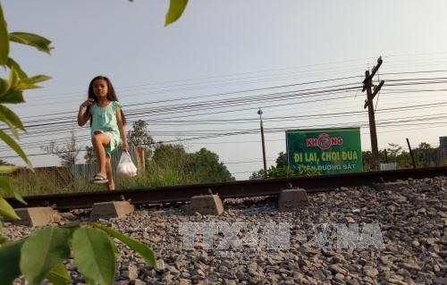Dong Nai closes illegal road-railway crossings, Cua Viet firm gets brief sand mining ban, HCM City seeks more funding sources for infrastructure projects, PVF tie with Viettel in U15 football tourney