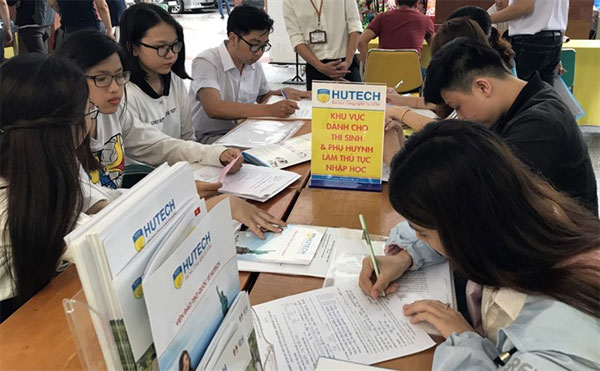 University entrance exam, record scores, regulation specifies priority policy, Vietnam economy, Vietnamnet bridge, English news about Vietnam, Vietnam news, news about Vietnam, English news, Vietnamnet news, latest news on Vietnam, Vietnam