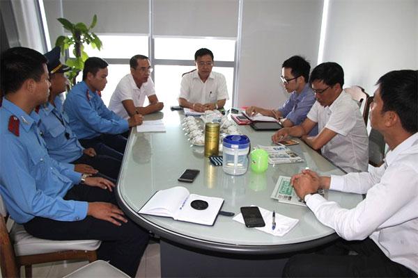 Overcharged, taxi firm, apologised to the tourist, Vietnam economy, Vietnamnet bridge, English news about Vietnam, Vietnam news, news about Vietnam, English news, Vietnamnet news, latest news on Vietnam, Vietnam