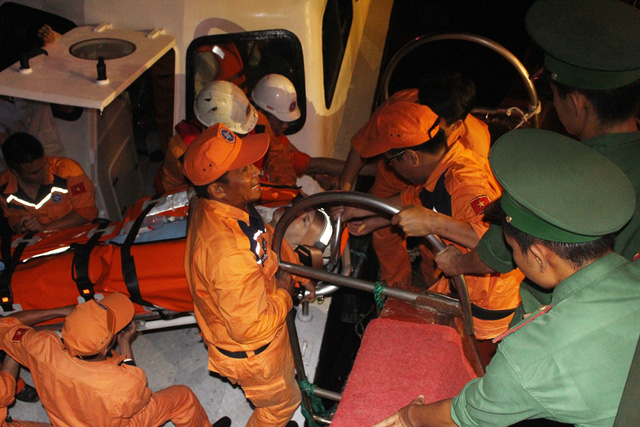 Panama ship crew member taken for medical treatment, social news, vietnamnet bridge, english news, Vietnam news, news Vietnam, vietnamnet news, Vietnam net news, Vietnam latest news, vn news, Vietnam breaking news