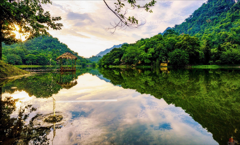 Photo contest captures romantic lakes across Vietnam, travel news, Vietnam guide, Vietnam airlines, Vietnam tour, tour Vietnam, Hanoi, ho chi minh city, Saigon, travelling to Vietnam, Vietnam travelling, Vietnam travel, vn news