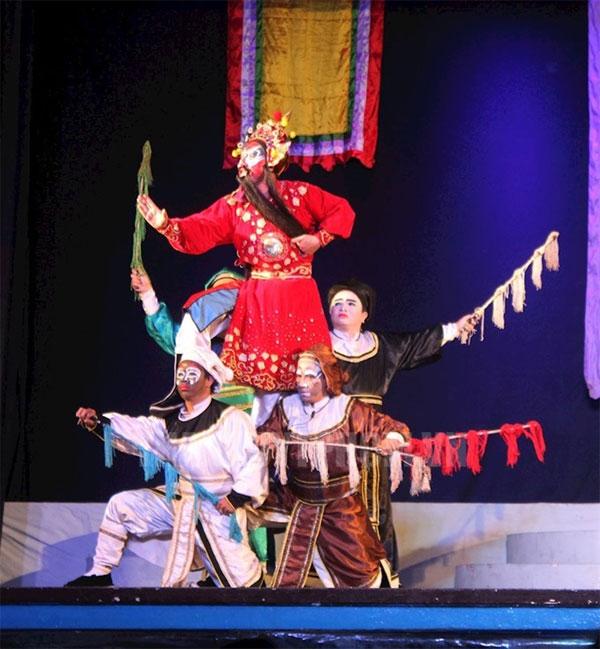 Traditional opera, art troupes,  classical drama, Vietnam economy, Vietnamnet bridge, English news about Vietnam, Vietnam news, news about Vietnam, English news, Vietnamnet news, latest news on Vietnam, Vietnam