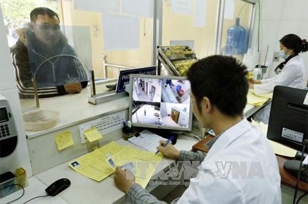 VN strives to reduce HIV infections despite funding shortage