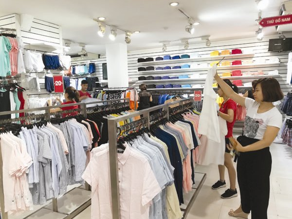 Vietnam's fashion market large enough for both domestic, foreign brands