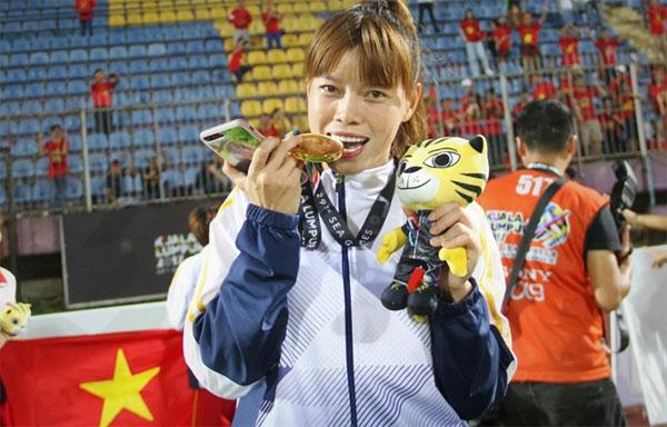 Women's football, Goalkeeper Dang Thi Kieu Trinh, Vietnam economy, Vietnamnet bridge, English news about Vietnam, Vietnam news, news about Vietnam, English news, Vietnamnet news, latest news on Vietnam, Vietnam