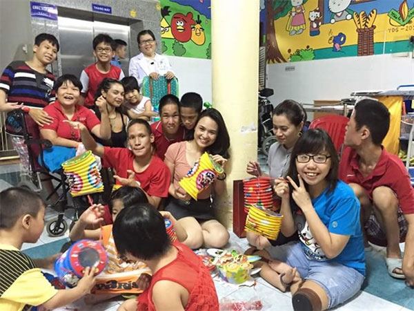 AO victims, disabled children, Frenchwoman Jade Owhadi, Vietnam economy, Vietnamnet bridge, English news about Vietnam, Vietnam news, news about Vietnam, English news, Vietnamnet news, latest news on Vietnam, Vietnam