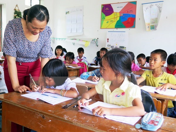 Ministry urges schools not to collect 'extra fees', Vietnam education, Vietnam higher education, Vietnam vocational training, Vietnam students, Vietnam children, Vietnam education reform, vietnamnet bridge, english news, Vietnam news, news Vietnam, vietna