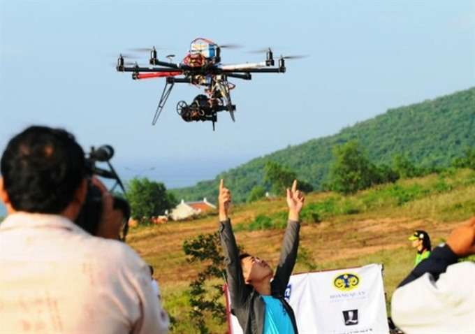 Drones fly in VN without licenses