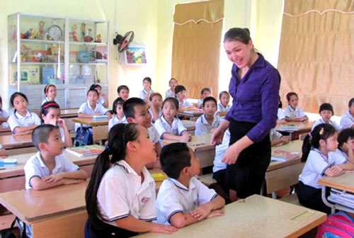 English teachers, learning a foreign language, Vietnam economy, Vietnamnet bridge, English news about Vietnam, Vietnam news, news about Vietnam, English news, Vietnamnet news, latest news on Vietnam, Vietnam